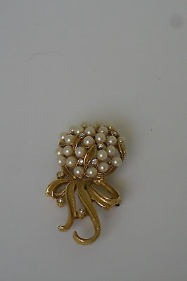 Vintage Bouqet of Pearl and Rhinestone Broach/Pin BG#18