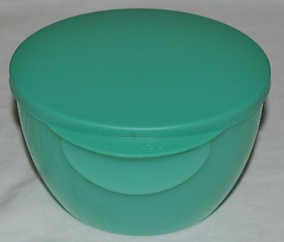 Tupperware Impressions Microwaveable Dip Bowl W/ Seal- 16 Oz -