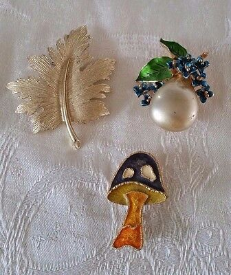 Lot of three signed brooches LG, EMMONS, & ART - leaf, mushroom, faux pearl