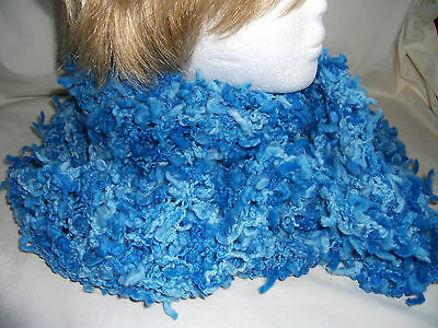 Hand-knitted Scarf Ref 941