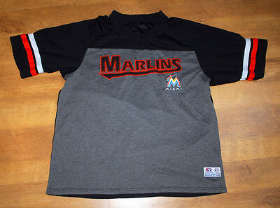 True Fan official Miami Marlins T Shirt (Size M)