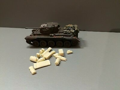 1:72 or 1:76 Cromwell tank stowage