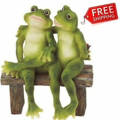 2 Figurine Garden Frogs Statue Outdoor Decor Toads Yard Lawn Decorative Statues
