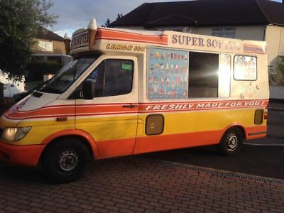 2003 Mercedes Sprinter Cummins Ice cream van