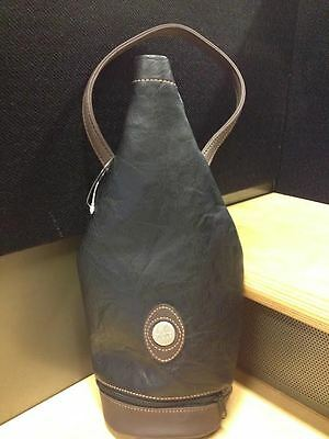 Wine bottle bag carry color black brown with zipper at the bottom new