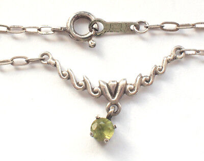 Stunning Art Nouveau Small Green Stone Pendent 925 Silver Chain Necklace 44cm