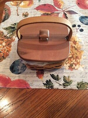 Longaberger small basket combo (lid, liner, protector)