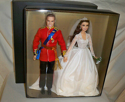 William And Catherine Royal Wedding Giftset 2012 Barbie Doll Mattel NRFB