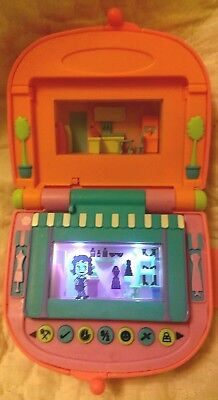 PIXEL CHIX LOVE 2 TO SHOP MALL Boutique Food Court Pink Purse 2005 Mattel TESTED