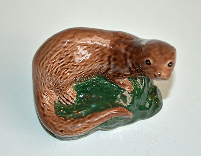 Vintage Beswick Porcelain Otter for Whyte & Mackay Scotch Whisky 1981