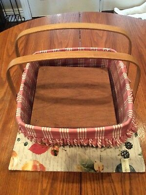 Longaberger pie/cake basket with protector, liner, and stand.