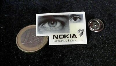IT Cebit Technology Telecom Pin Badge Nokia Connecting People Eyes