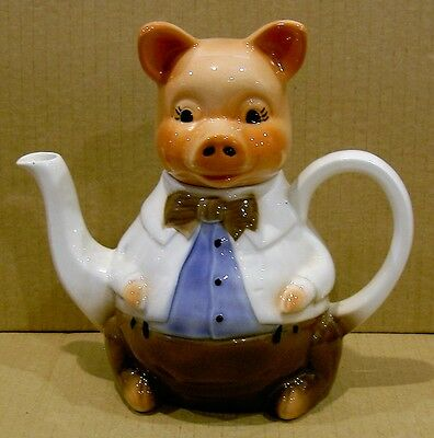 Vintage Wood 'Master Piggy' Tea Pot