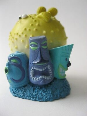 BLOAT THE PUFFER FISH stamp Disney/Pixar FINDING NEMO PVC Figure about 2 inches
