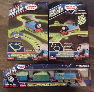 New Thomas Trackmaster Glow In The Dark Tracks And Train 2 Glowing Track Packs