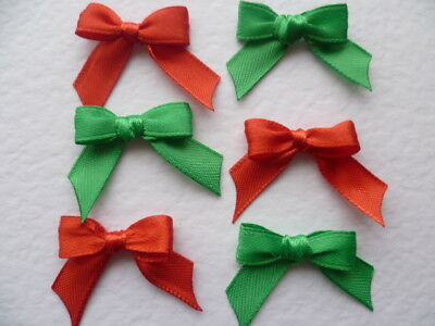 10 Christmas Mix Tiny Bright Red & Green 10mm Ribbon bows 🎀 for card crafts. UK