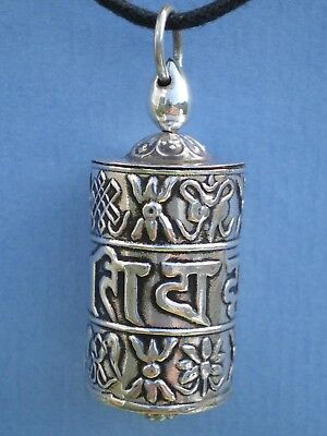SILVER SPINNING PRAYER WHEEL PENDANT w PROTECTION MANTRA (& scroll inside)-5.5g