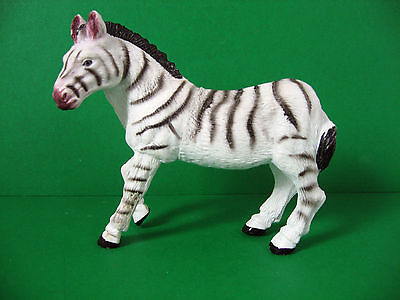 "Zebra Hard Plastic 1998 Collectible Figure 4.25"" long 4"" high * VGC *"