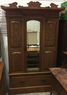 ANTIQUE ARTS & CRAFTS BEAUTIFUL WARDROBE c1890-1910 VINTAGE