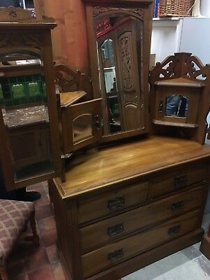Beautiful Antique Arts and Crafts Dressing Table with Three-Way Mirror