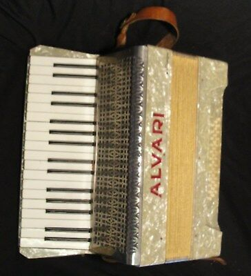 "SPLENDID VINTAGE ""ALVARI"" ACCORDION with NEW LEATHER VALVES in jolly nice condt"