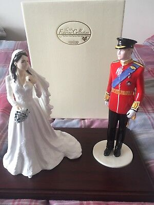 Beautiful wooden plinth to display two royal couple figurines