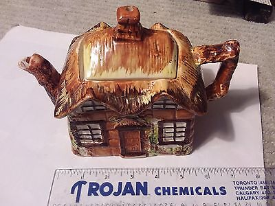 Vintage Cottage Teapot  - Price Bros - Ye Olde Cottage