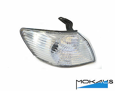 toyota Camry corner light Right side 2000-2003
