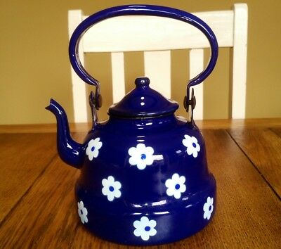 vintage enamel ware spotty teapot kettle shabby chic blue and white flowers