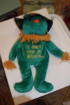 Celebrity Bears Wizard of Oz Plush Green Scarecrow 11/26/98 Tag in Ear