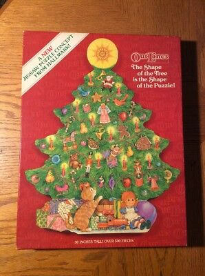 Vintage Hallmark Cards Springbok OutLines Christmas Tree Shaped Jigsaw Puzzle