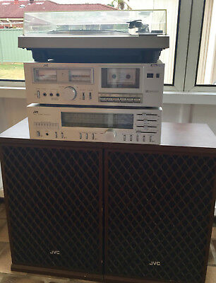 Working Retro 70's JVC Stereo With Turntable, Tape Deck, Radio & Speakers!
