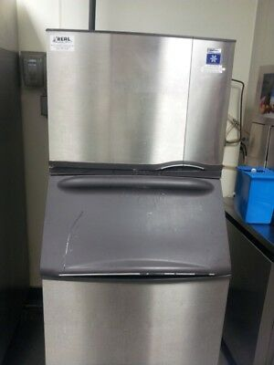 Manitowoc Commercial ice Machine 400kg per 24h.