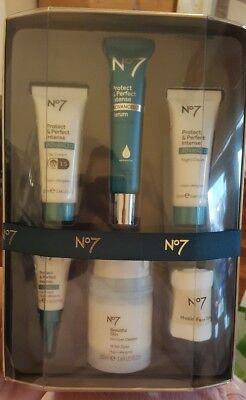 No7 Protect & Perfect gift set - NEW