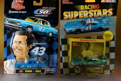 1:64 MIP Richard Petty Racing Champions 1962 1970 Plymouths