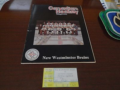 1977 Canadian Hockey magazine signed by DETROIT'S #7 Ted Lindsay w/ticket NW& VC