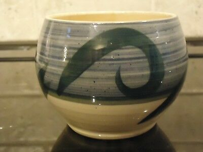 Vintage Holkham Pottery Abstract Pattern Small Bowl ,7.5 Cm In Diameter
