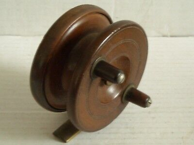 VINTAGE UNNAMED BRASS and WOOD CENTRE PIN FISHING REEL