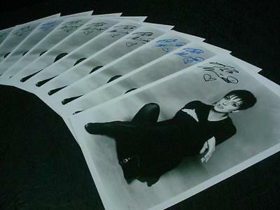NobleSpirit NO RESERVE {3970} Delightful 10x Liza Minnelli Autographed Photos