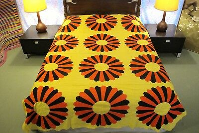 GRAPHIC All Cotton Hand Sewn, Rustic, Giant DRESDEN PLATE Blocks Quilt TOP; Full