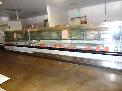 Meat Cases 32' with refrigeration