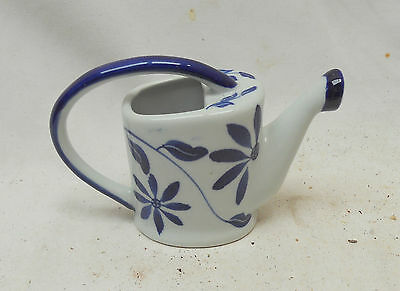 LOVELY Vintage Collectable Blue & White CERAMIC Floral CERAMIC WATERING CAN
