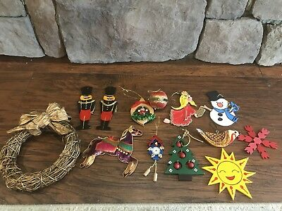 Lot of Various Vintage Wooden/Rattan Holiday Christmas Ornaments + Wreath