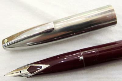 SHEAFFER IMPERIAL CARTRIDGE FOUNTAIN PEN BURGUNDY WITH STAINLESS CAP C1970's