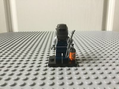 Lego Welder Minifigure (Series 11)
