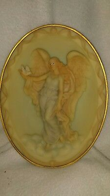 Seraphim angel, Isabel, Gentle Spirit Plate. First issue.