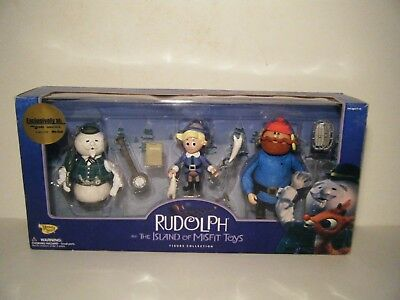 2000 Memory Lane.  Rudolph And The Island Of Misfit Toys Figures. NRFB