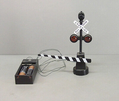 "Rail Road Crossing Signal w Gate - Lights Blink & Makes Train Sounds - 5"" Tall"