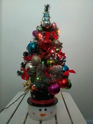 Christmas Tree Snowman Red Pink Blue Silver Orn Red Bows  String Of Lights 2'