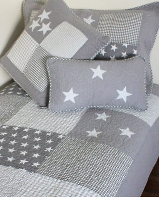 2 Pc Set Boys Stars and Stripes Grey & White Cot Quilt Coverlet Baby Blanket New